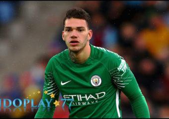Kiper Utama Manchester City